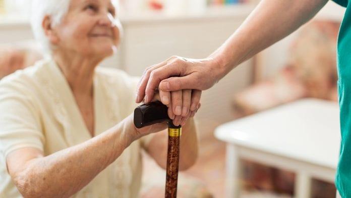 Anketa o neformalni oskrbi starejših oseb